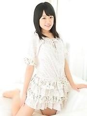 Brunette japanese teen Kanae Lemura